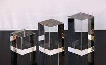 ФОТО set of three laser engraved plexiglass jewelry display block cube