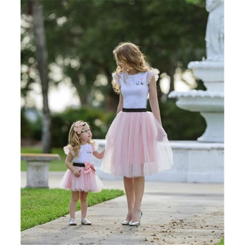 2017 Family Matching Women Baby Girls Kids Outfits Tops T-shirt Skirt Tutu Skirt 2pcs telle mère telle fille vetement