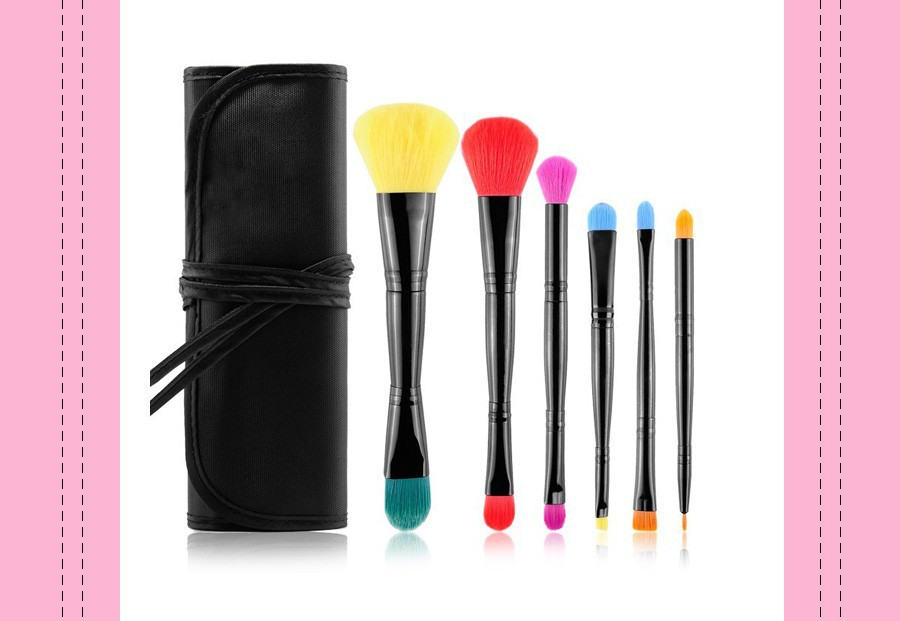 make up brushes 1