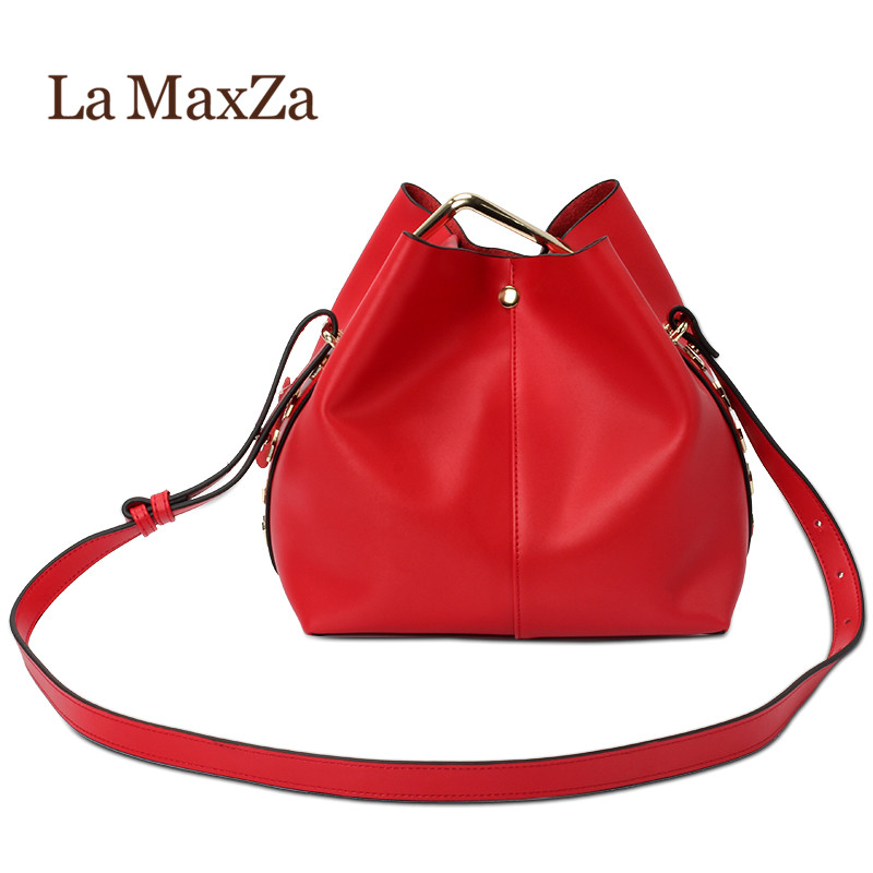 2018 New / Women Genuine Leather Bucket handbags & shoulder bags High quality 2017 new female genuine leather handbags first layer of cowhide fashion simple women shoulder messenger bags bucket bags