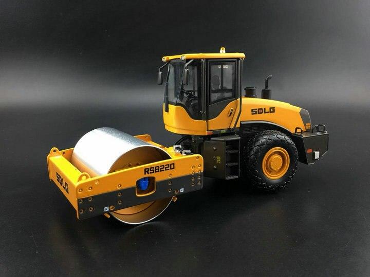 Usine originale 1:35 modèle de véhicule d'ingénierie en alliage pour rouleau RS8220 modèle de Collection SDLG