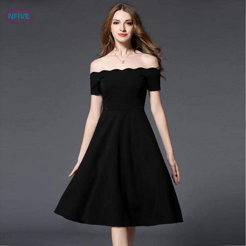 Платье на бретельках с рукавами