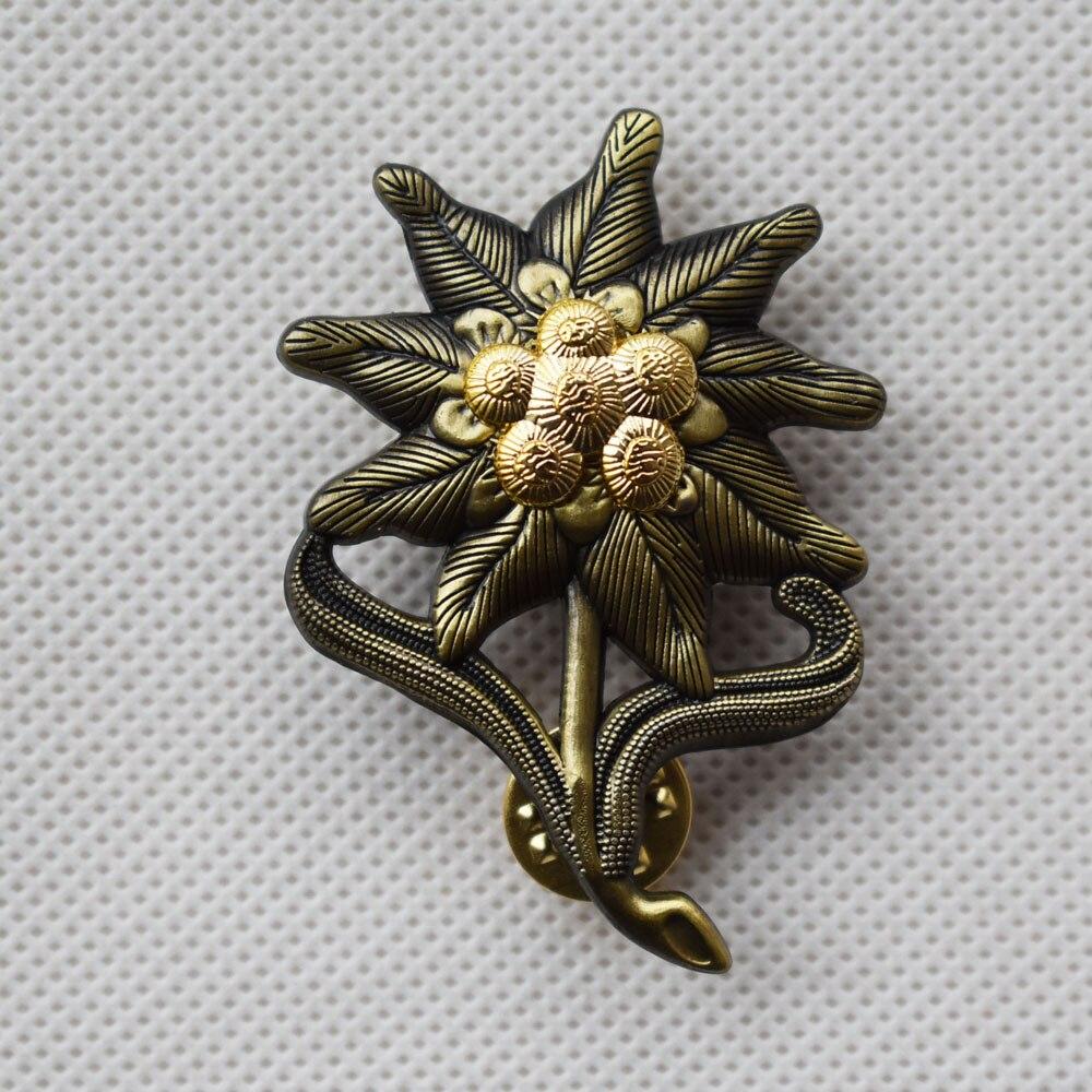 WWII German em Edelweiss montaña infantería Cap medalla insignia-50023 655b06c648f