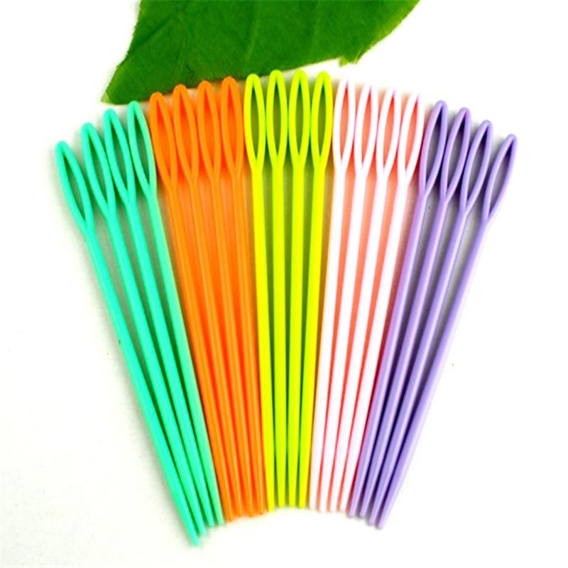 DoreenBeads Multicolor Plastic Sewing Needles Crochet Hook 5 Colors Fixed Sewing Tools Accessory 7CM Long 20PCs/Set