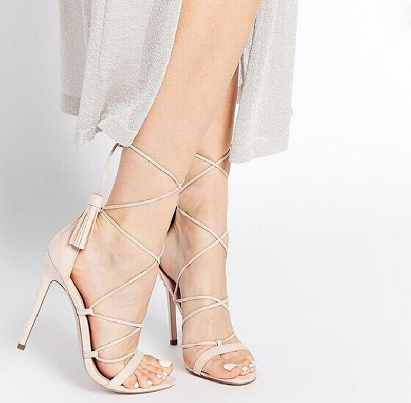 Street style Fashion Women Sandals Solid Lace-up Tassel Sandalias Mujer Cover Heel Crossp Strap Open Toe High Heels Women Shoes miquinha red metal leaf decoration open toe mixed color cover heel women fashion thin heel super high casual sandalias mujer