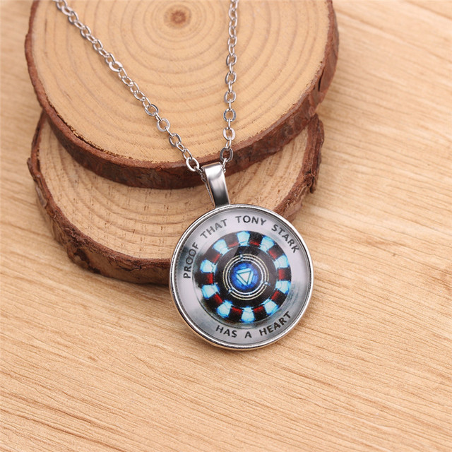 IRON MAN THEMED NECKLACE & BOTTLE OPENER (24 VARIAN)