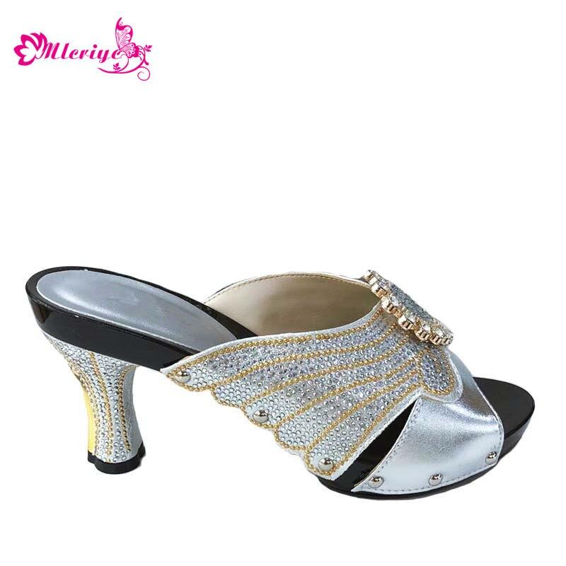 Dernières chaussures de fête italiennes couleur argent sans sac ensemble nigérian chaussures de mariage africain pantoufle pas correspondant sac ensemble femmes chaussures