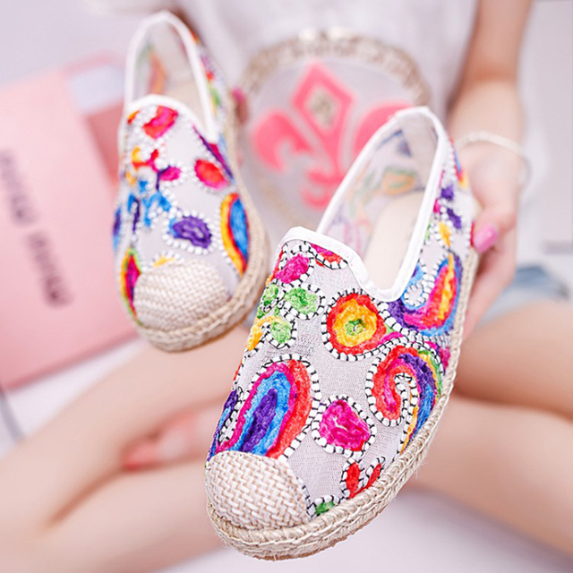 Summer New Styles 2107 Hemp Knitted Embroidery Boho Fashion Women Flat Casual Shoes Breathable Mesh Women Shoes 33 ZYH
