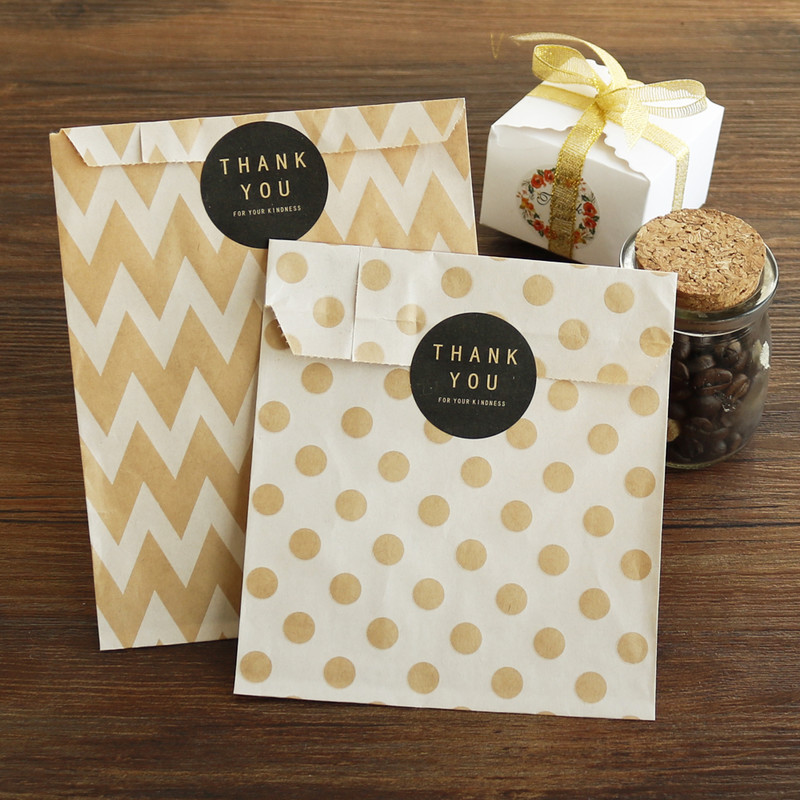 36pcs Kraft Paper Bags Chevron Striped Dots Paper Craft Bag Cookie Candy Box Party Favor Candy Gift Packing Bags Wedding Supply