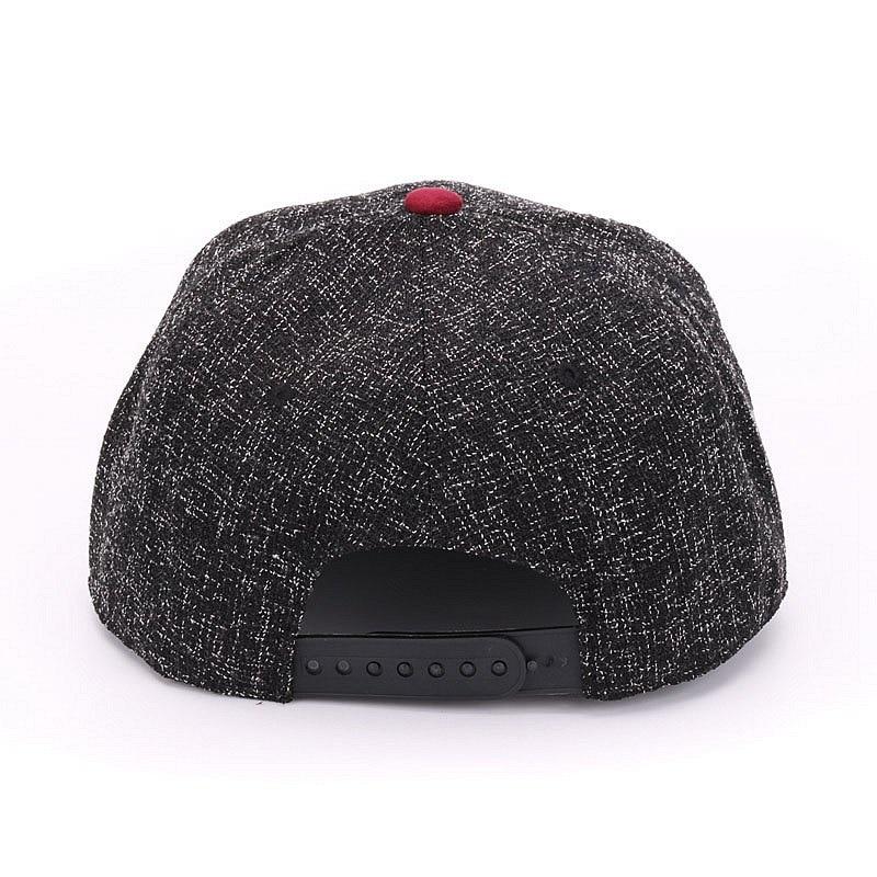 Calidad del casquillo del Snapback triángulo redondo bordado marca plana  gorra de béisbol de ala de la Juventud de hip hop gorra y sombrero para  niños y las ... fb3f80fe208