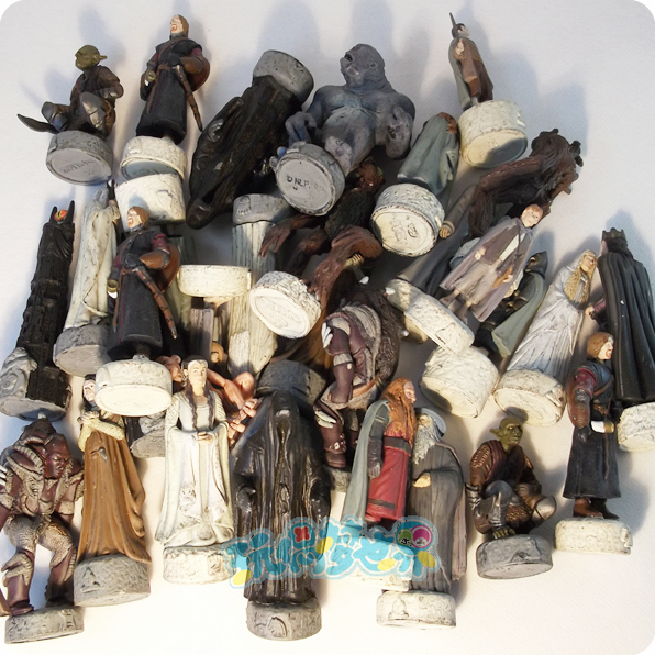 pvc figure SimulationThe simulation model toy Lord RING Chess board game chess hand model ornaments 50pcs/set 12pcs set simulation model toy scene decorationsteamboy ornaments pvc figure