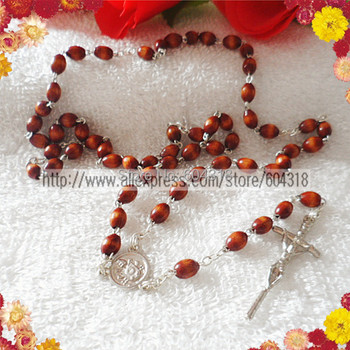 free shipping 8*6mm wooden oval bead rosarycatholic rosary necklacepope centerpiece rosary special offer(4pcsset)