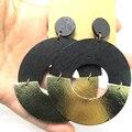 El Envío Gratuito! 6 cm Negro Aretes De Madera