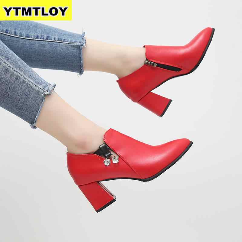 HOT New Mulheres Outono Inverno sapatos Feminino zíper Lateral do dedo do pé apontado Botas Ankle Boots Vintage Da Moda Martin Zapatos De Mujer