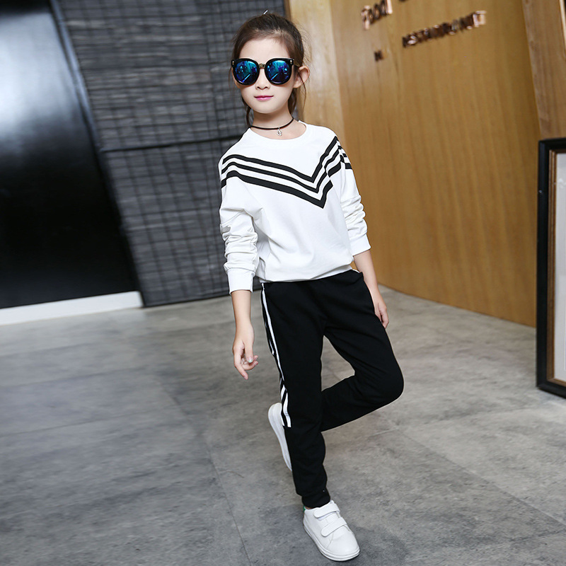 baby teenage girls clothing sets long sleeve tops pants suits autumn spring 2017 new kids girls sport suits white black цены онлайн