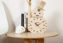 Modern Simple Romatic Wood  Snow Man Flower Clock Europe Needle Carving Wooden Desktop Table Alarm Clocks Desk Watch Home Dector