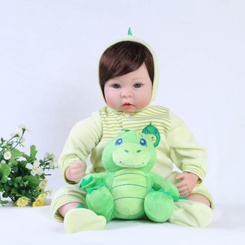 55cm Silicone reborn baby boy doll toy lifelike 22inch newborn toddler babies doll bebe reborn girls bonecas lovely gift revell сборная модель автомобиль german staff car g4 1939 revell
