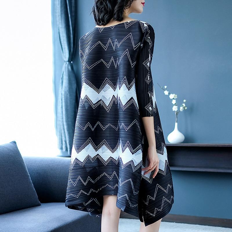 Nouveau Street Robes Mode Plissée Printemps Femme Noir Géométrique De Robe Marée Grande Lâche High 2019 Taille Imprimé Miyak Design Changpleat TZw1q1
