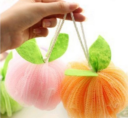 2014 Wholesale Summer Household Flower Bath Ball Candy-Colored Safe PE Bath Balls With Rope 100Pcs / Lot Free Shipping ...