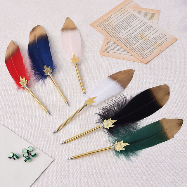 1Pc Cute Feather Ballpoint Pens 0.5mm Kawaii Ball Pens Gold Powder Pens For Writing School Office Supplies Novelty Stationery