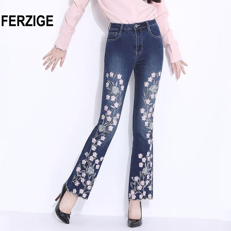 FERZIGE Bordado Calça Jeans para As Mulheres 2018 Outono Fundo Sino Calças  Jeans Queimado Azul Inglaterra 46c13dfc2d