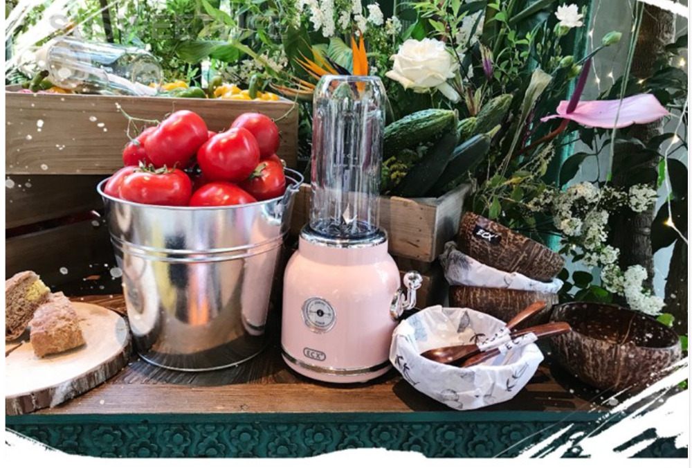 Retro juice extractor, household mini portable fruit juice machine, fruit and vegetable fruit blender machine food processor Retro juice extractor, household mini portable fruit juice machine, fruit and vegetable fruit blender machine food processor