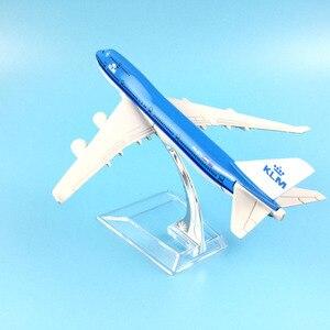 Image 3 - משלוח חינם 16CM 747 KLM מתכת סגסוגת דגם מטוס מטוסי דגם מטוס צעצוע מתנת יום הולדת