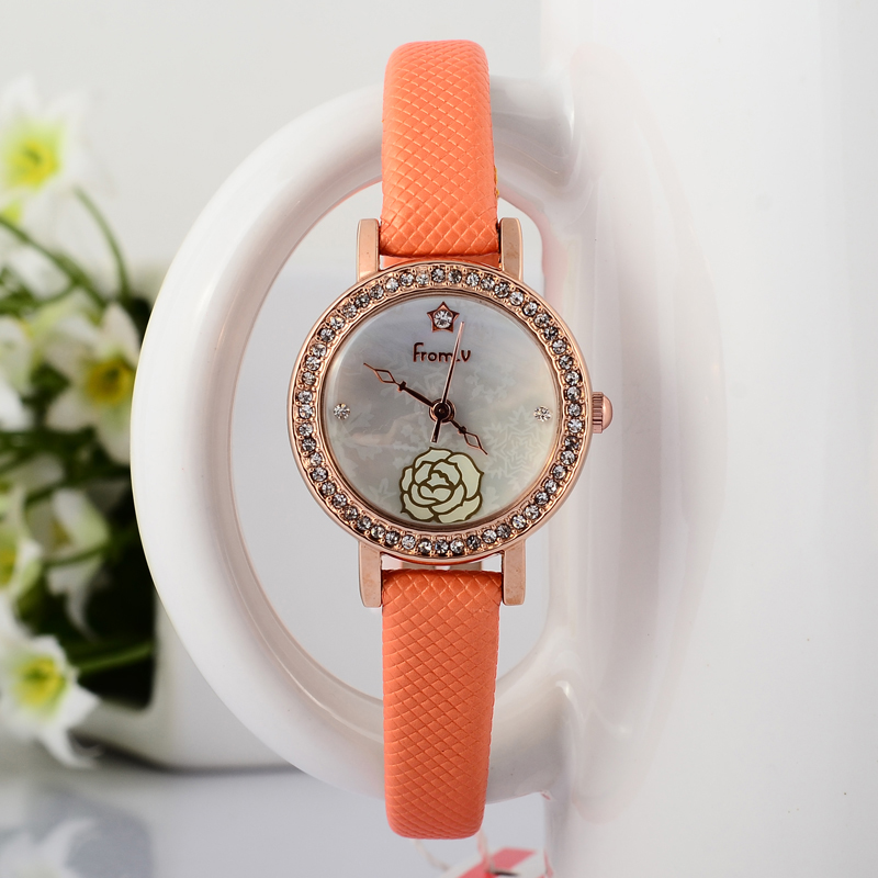 Delicate Fashion Girls Small Size Floral Watches Popular Korean Designer Thin Leather Dress Wristwatch Quartz Shell