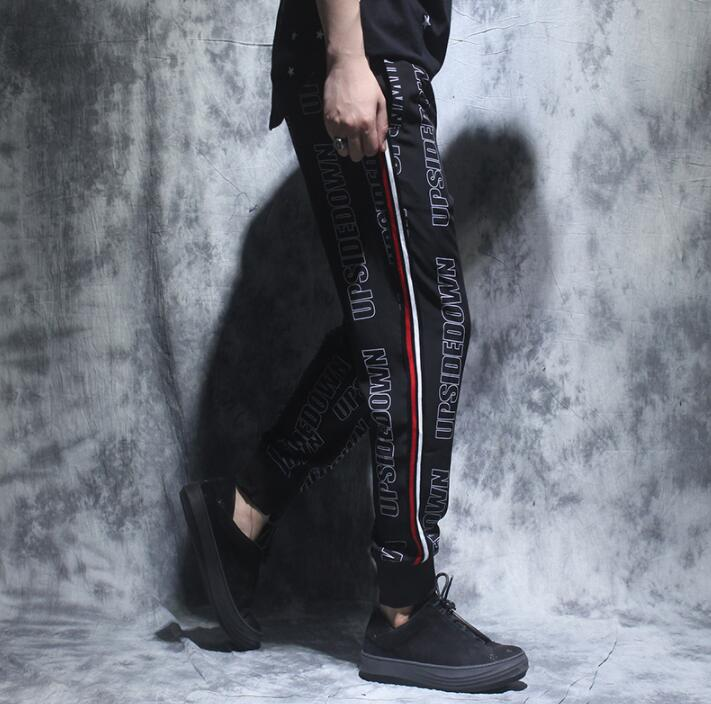 Personalidad Suelta Mens Negro De Impresión La Hombre Calle Novedad Homme Harem Pantalones Delgada Pant Para Letra Pantalon TnZrqwTY