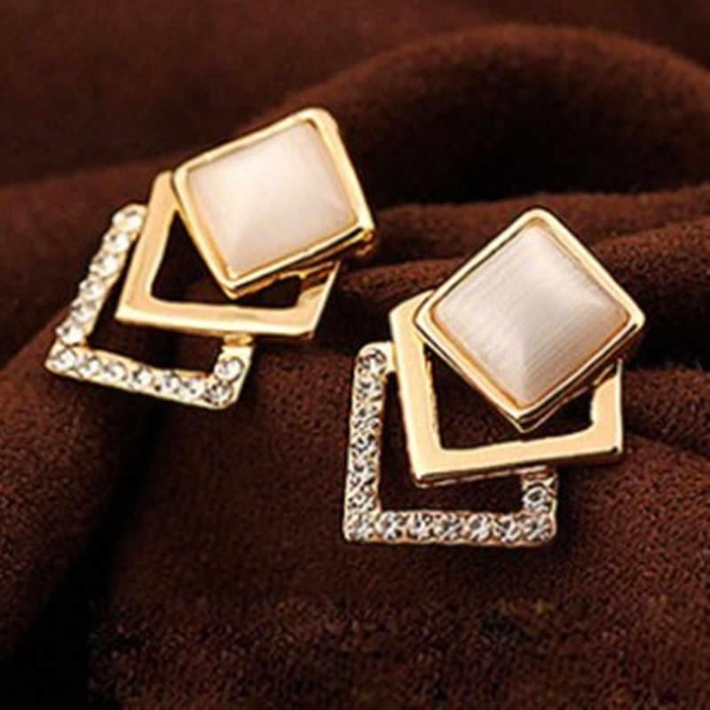 Specials @ @ Collectibles Korean fashion jewelry opal earrings woman temperament three-dimensional box