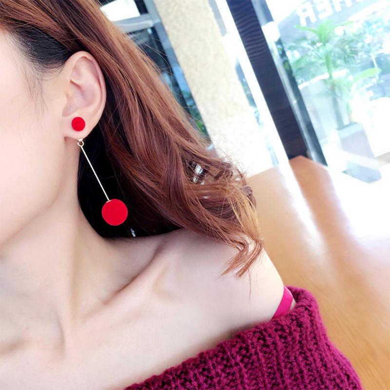 1 คู่แฟชั่นผมประดิษฐ์ Dangle ต่างหูผู้หญิงสีขาวน่ารัก PomPom ต่างหูสาว NICE ของขวัญอุปกรณ์เสริม