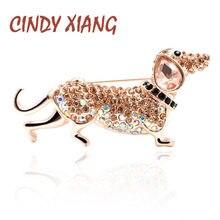 CINDY XIANG Rhinestone kiełbasa broszki z psami dla kobiet małe słodkie Puppy broszka Pin nowy projekt letnia koszulka styl biżuteria prezent