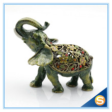 100% Handmade Thailand Pewter Antiqued Flowered Elephant Jewelry Trinket Box