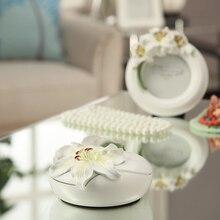 American European Creative Elegant Lilies love bird Round resin jewelry box earrings rings necklace jewelry display gift Wedding