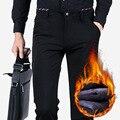Pantalones de Los Hombres de alta Calidad 2016 de Invierno Cálido, Además de Terciopelo Pantalones Flacos Ocasionales Masculinos Pantalones Elásticos de Negocios Negro/Azul Marino Más tamaño z5