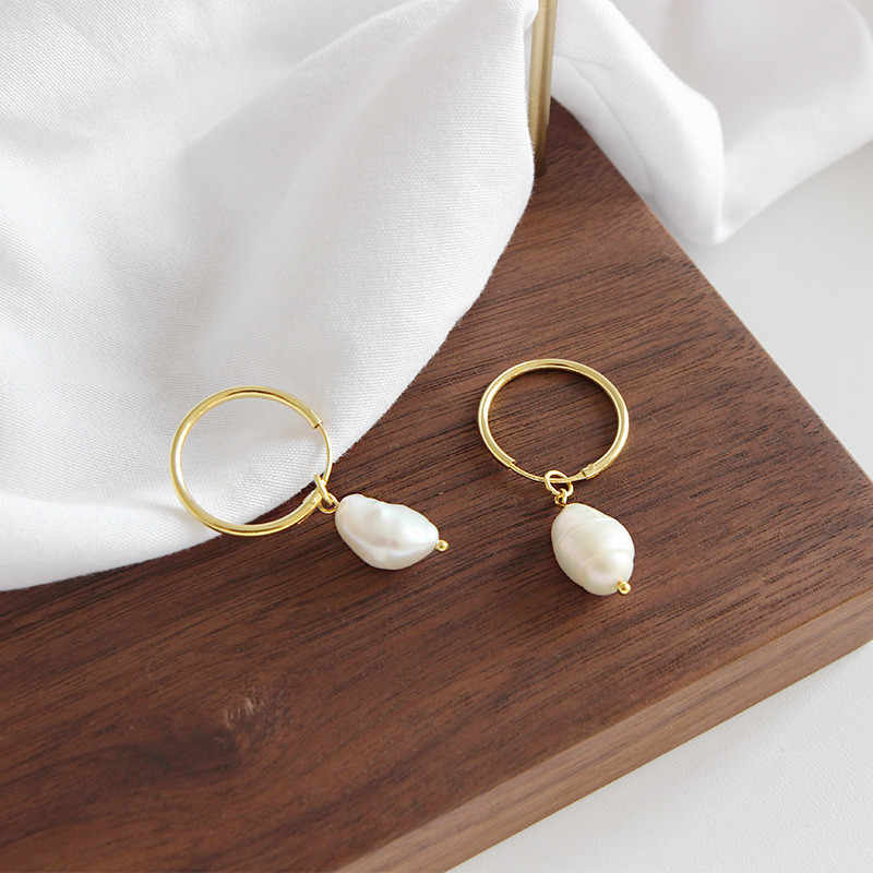5e9aae5bf ... OLOEY White Natural Freshwater Baroque Pearls Drop Earrings For Women  Korean Style Engagement Dangle Earring Jewelry ...