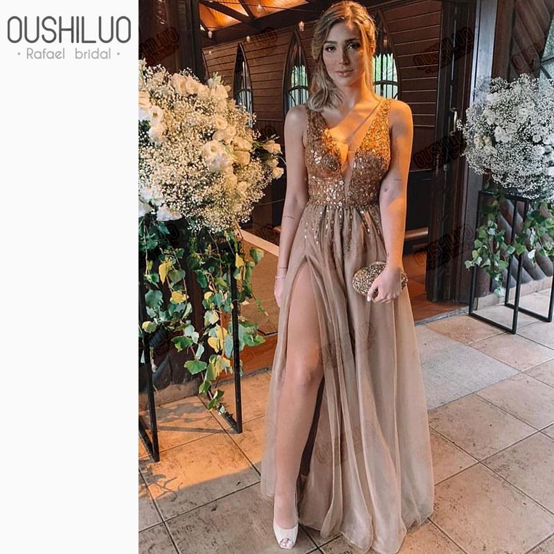 2019 Elegant Champagne V Neck Long Prom Dresses Sequined Applique Crystal Side Split Party Gown Vestidos De Fiesta De Noche