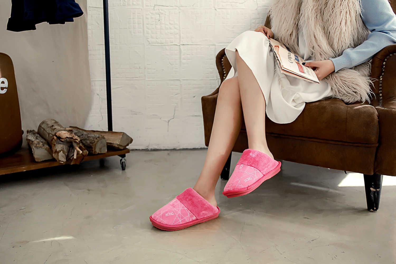 ZJVI/2019 г.; Лидер продаж; женские домашние тапочки; Теплая обувь на меху с хлопковой подкладкой; женские зимние мужские и мужские Тапочки