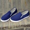 Мужской высокое качество весной и летом скольжения на мужской обуви мода плед ткани обувь zapatos hombre мужская синий случайный улица обувь