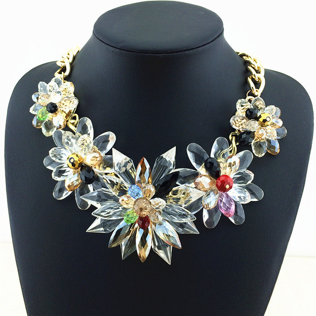 0cf79067f Deluxe Charm Crystal Necklaces & Pendants Choker Transparency Crystal  Flower Statement Necklace Factory Price Fashion Necklace