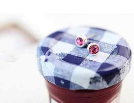 ED 1 par de 2018 listagem do novo moda bohemian prata 4mm liga cristal brincos pequenos feminino acessórios fábrica de jóias direto