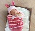 Coelhos bebê recém-nascido chapéu fotografia props 2 pcs outifts bunnny + saco de dormir infantil traje animal presente de Páscoa conjunto imagem