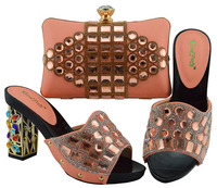 Newest Nigerian Shoes and Matching Bags Set Decorated with Crystal Italian Peach Shoes with Matching Bag Set African for Wedding