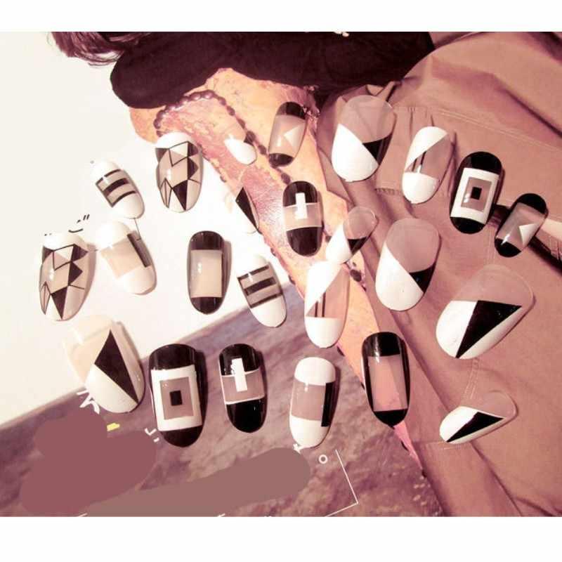 24Pcs ง่ายน่ารักสีดำสีขาวเรขาคณิตปลอมเล็บกดบนเล็บผู้หญิงเครื่องมือความงามเล็บเคล็ดลับกาวสติกเกอร์