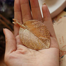 Leaf Pendant Gold Color Necklace