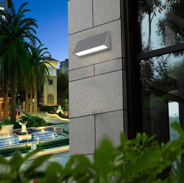 Outdoor wall lamps modern LED garden lights waterproof Balcony porch light wall sconces modern aluminum balcony patio wall lights led wall light waterproof outdoor garden porch wall sconces indoor wall lamps bl05