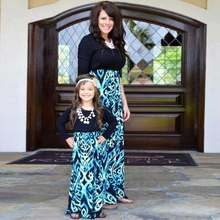 New Mother Daughter Dresses Family Look Black Blue Long Sleeve Patchwork  Mommy And Me Costume Matching Outfits Evening Dress 3ebab4d59