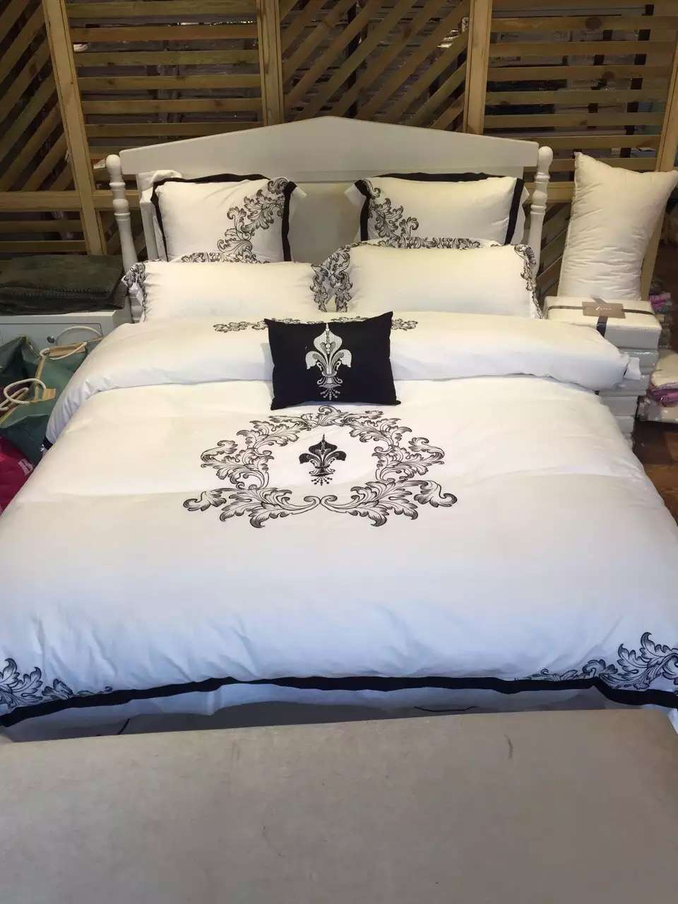7pcs 100% Cotton 60s Luxury White Hotel Bedding Set With Black Embroidery  Duvet Cover Pillowcase Decorative Pillow Set In Bedding Sets From Home U0026  Garden On ...