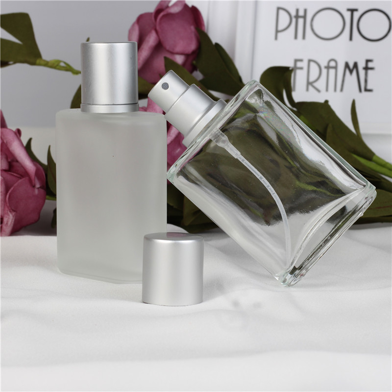 30ml 1pcs / lot Silver Grey Flat Style Minyak Semi Frosted Clear Glass Spray Botol Parfum Refillable Portable Glass Empty Automizer