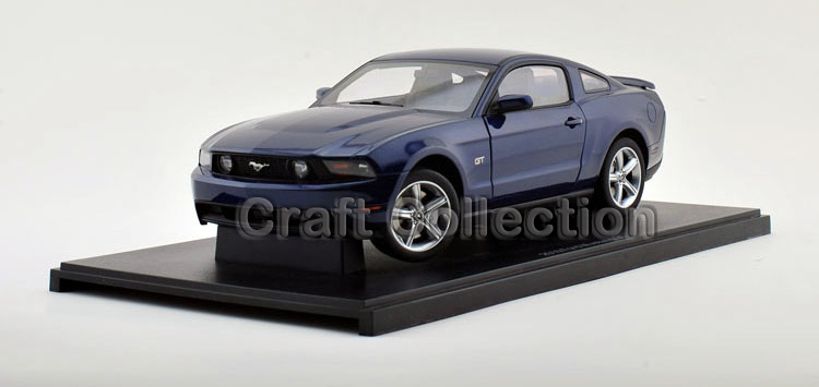 Autoart 1/18 Ford Mustang GT 2010 (Blue) Alloy Model Car Hot Selling Auto Gifts Miniatures Gifts